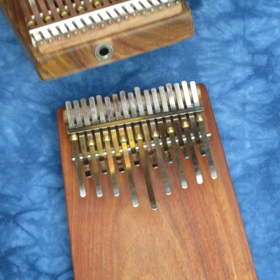 Hugh Tracey 17-Note African-Tuned Kalimba with Electronic Pickup