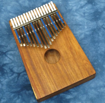 Hugh Tracey D Treble Kalimba with Pickup